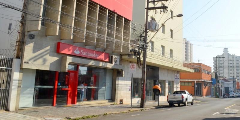 O banco foi fechado nesta segunda-feira (13), depois da confirmação que um dos funcionários contraiu a Covid-19