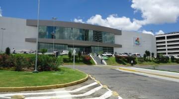 Shoppings de Caruaru passam a contar com serviços no sistema Drive-Thru