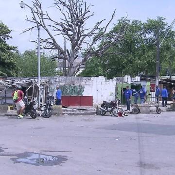 Prefeitura do Recife transfere comerciantes da Praça do Tacaruna
