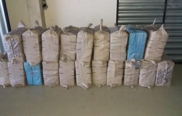 Polícia apreende 650 kg de cocaína em Igarassu