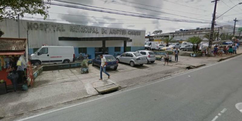 O caso aconteceu no horário de mudança de plantão do Hospital Aristeu Chaves