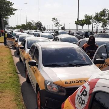 Sindicato das Autoescolas de Pernambuco realiza manifestação no Recife nesta segunda-feira (27)