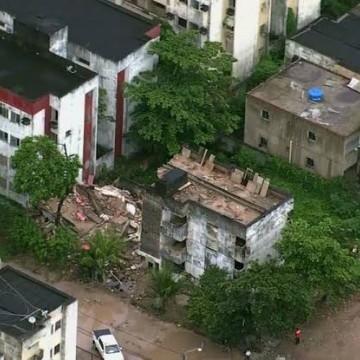 Moradores de prédio interditado há 19 anos em Olinda ainda esperam por indenização