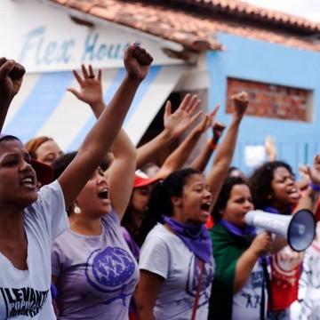 Mulheres discutem direitos e democracia em conferência estadual