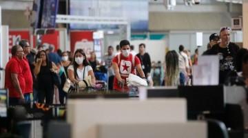 Brasil volta a restringir entrada de estrangeiros