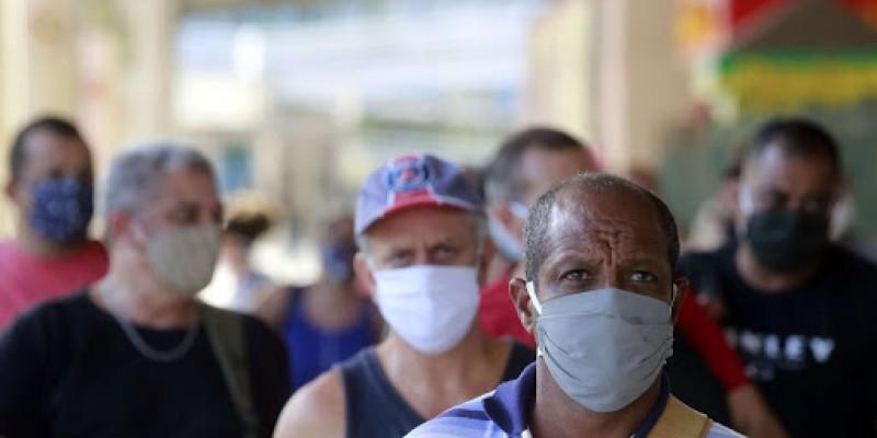 Durante a pandemia, equipamento será exigido em vias e locais públicos, veículos, terminais de transportes, órgãos públicos e estabelecimentos privados. Infratores poderão ser penalizados