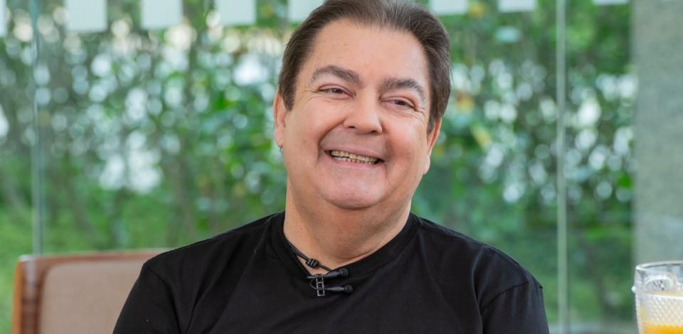 Fausto Silva está de malas prontas para a Band