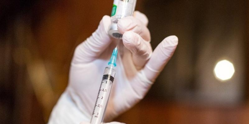 O pré-cadastro está disponível no site vacina.caruaru.pe.gov.br