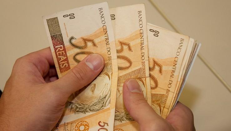 Caixa paga nesta quarta-feira (27) auxílio emergencial a trabalhadores nascidos em julho