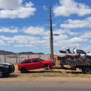 Operação da PRF prende 16 pessoas e recupera veículos roubados no Estado