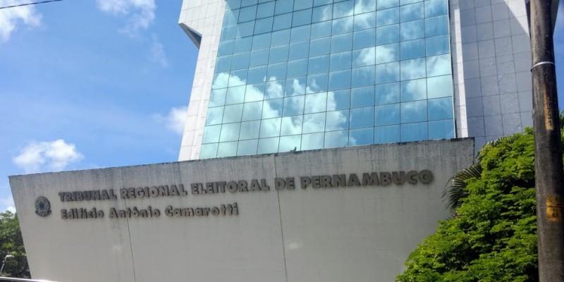No final do ano passado, o TRE-PE foi escolhido pelo CNJ como o melhor TRE entre os 27 do Brasil