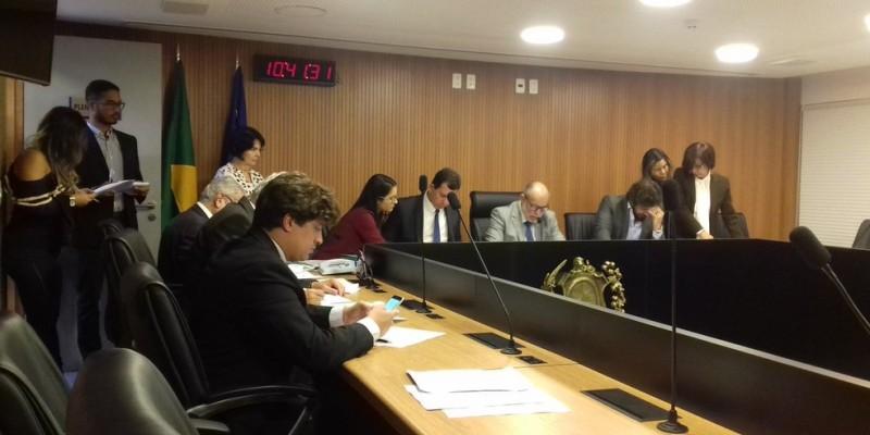 O anúncio foi feito durante apresentação do Relatório Fiscal do Terceiro Quadrimestre de 2020 à Comissão de Finanças da Alepe