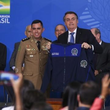 Deputados estaduais debatem modelo cívico militar nas escolas