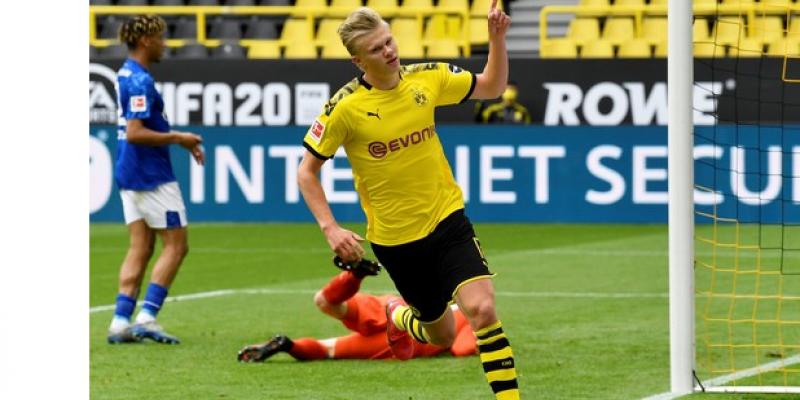 Neste sábado (16), cinco jogos marcaram o retorno da Bundesliga, com destaque para a vitória do Borussia Dortmund por 4 x 0 diante do Schalke 04
