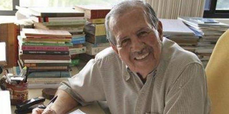 Ex-prefeito de Olinda por duas vezes, Germano deixa um legado, um exemplo e um vazio na política e na educação de Pernambuco.