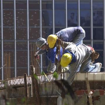 Confiança do empresário da construção atinge maior patamar desde 2014