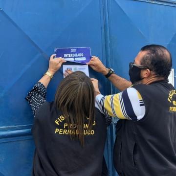 Procon interdita fábrica de álcool em gel no Recife