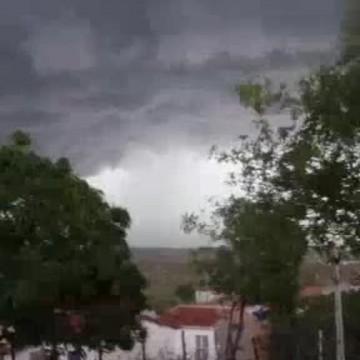 Chuvas mudam cenário do clima no estado de Pernambuco