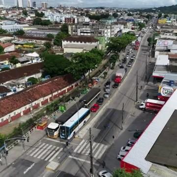 Obra de reparo na pista altera trânsito na Avenida Norte, no Recife