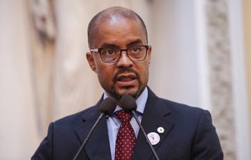Edilson Silva anuncia filiaçãomao PCdoB