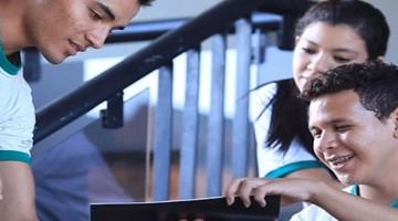 Acic seleciona estudantes do Ensino Médio para oportunidades de estágio