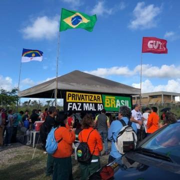 Petroleiros realizam paralisação na Refinaria Abreu e Lima e no complexo de Suape