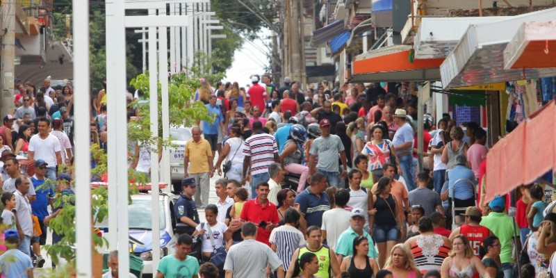 A pesquisa trata dos nascimentos, óbitos, casamentos e divórcios ocorridos no Brasil