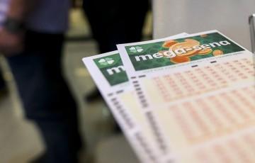 Mega Sena acumula e pode pagar R$ 38 milhões no sábado (24)