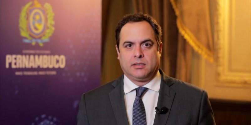 O governador explica sobre as possibilidades de participação dos militares em atos de sete de setembro