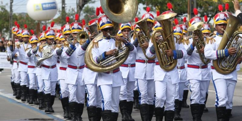 De acordo com o governo de PE a única cerimônia ao ar livre será o hasteamento da bandeira em frente ao Palácio do Campo das Princesas, com a presença do governador Paulo Câmara