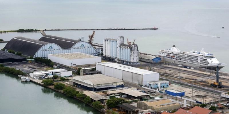 O convênio visa incentivar o desenvolvimento de conhecimento técnico-científico aplicado às atividades portuárias
