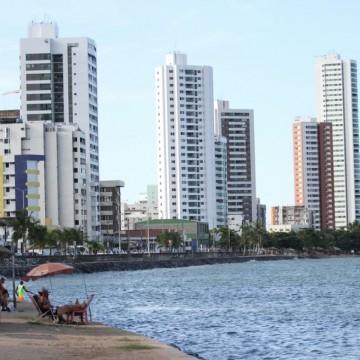 """""""Olinda está preparada, caso a mancha de óleo chegue"""", afirma André Botelho"""