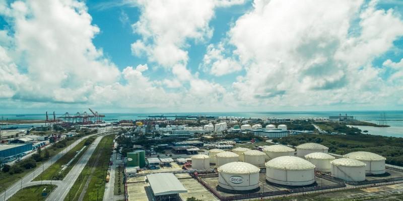O terminal será implantado em uma área de 82 mil m2, no Porto Organizado, servida por tubovia e onde já existem operadores de granéis líquidos derivados de petróleo