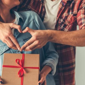 Comércio fechado no Dia dos Namorados e impactos no faturamento
