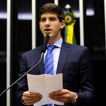 Vídeo com fala do deputado federal João Campos acerca da legítima defesa repercute na internet