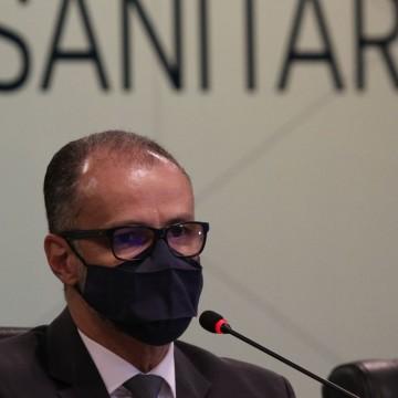 Presidente da Anvisa apela à população que tome a segunda dose da vacina