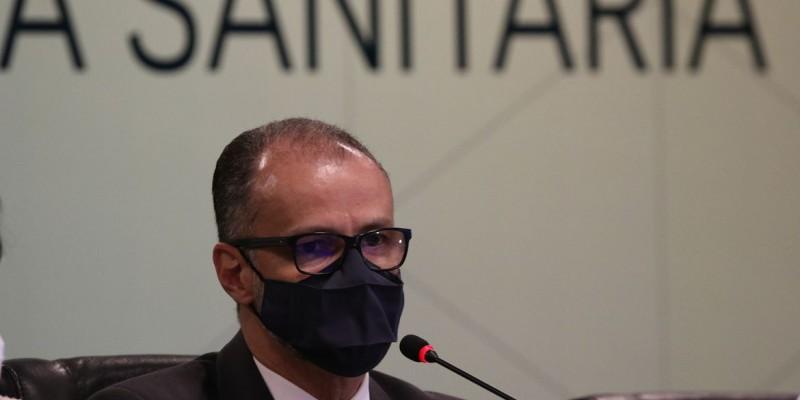 Antonio Barra Torres recomenda também o uso de máscaras