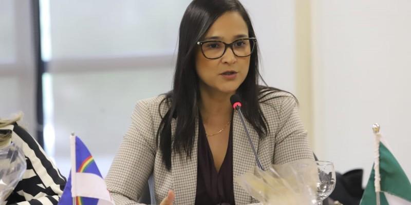 De acordo com Ingrid Zanella, o Brasil será competente para julgar o crime ambiental, já que as praias do nordeste foram afetadas