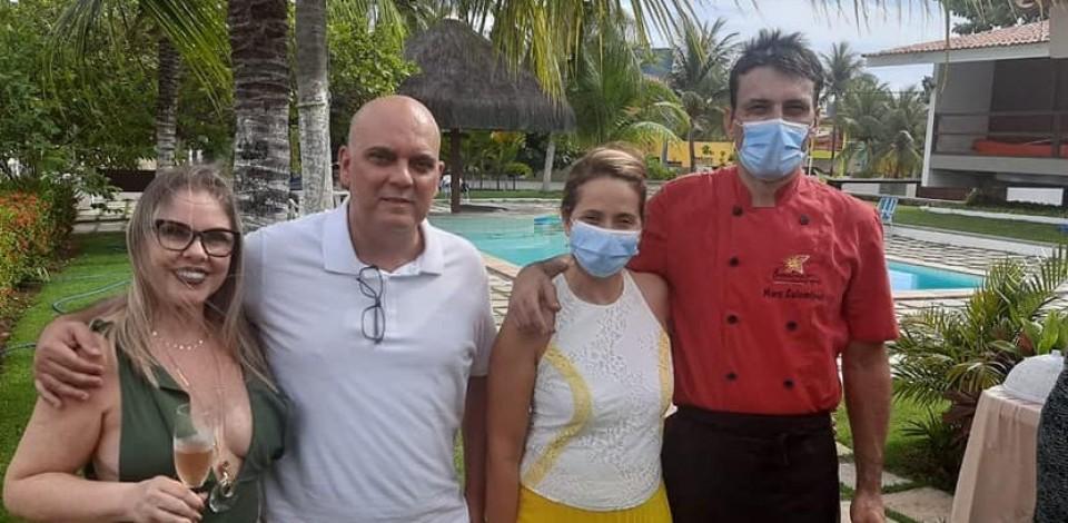 O niver de Luciana Omena foi comemorado na casa de veraneio da família