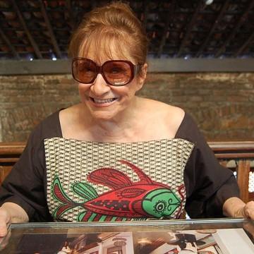 Morre artista plástica Tereza Costa Rêgo