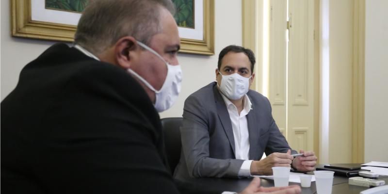 Governo do Estado assegurou que, 24 horas após a chegada das doses ao Recife, todas as 12 Gerências Regionais de Saúde terão o imunizante à disposição dos municípios