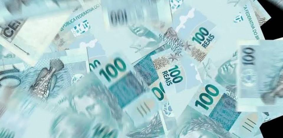 Bolsonaro sanciona socorro de R$ 60 bi para estados e municípios