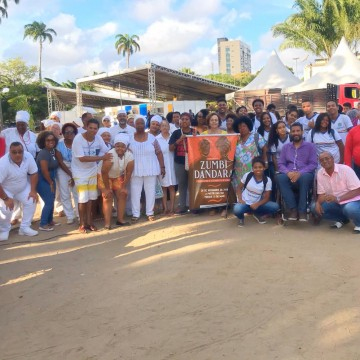 Primeira Marcha Zumbi Dandara chama a atenção para a questão dos negros no país