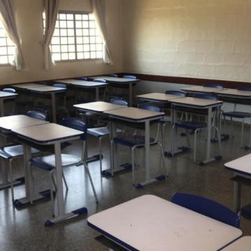 Escolas devem garantir distância mínima de 1,5 metro entre alunos e colaboradores, diz governo de PE