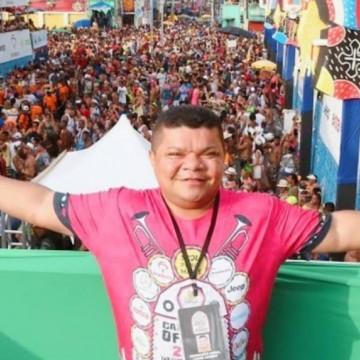 Júlio Valente, produtor do Galo da Madrugada, morre vítima da Covid-19