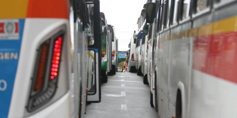 O Grande Recife promove um reforço de frota e viagem em 27 linhas de ônibus