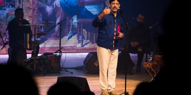 O poeta paraibano faz apresentação nesta sexta-feira (4) na Capital do Agreste
