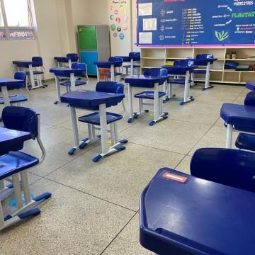 Escolas estaduais de PE  enfrentam denúncias corriqueiras de contaminação da Covid-19