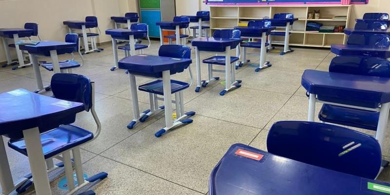 Presidente do Sintepe aponta que foram contabilizados mais de 80 casos e de 30 escolas infectadas pelo novo coronavírus