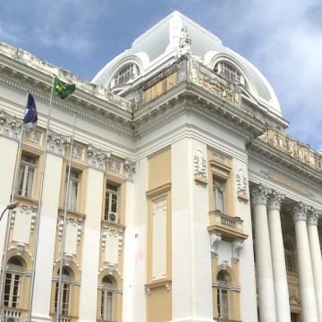 Governador Paulo Câmara fala sobre remanejamento de verbas para o Judiciário